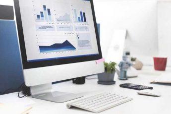 Monitor mit Digrammen